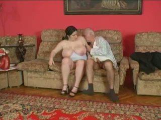Paksuke tšikk ja vanem mees