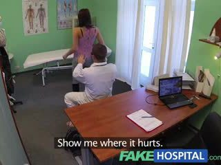 Fakehospital สวยมากมาก หนุ่ม pole dancer ด้วย ร้อน ร่างกาย swallows the doctors medicine