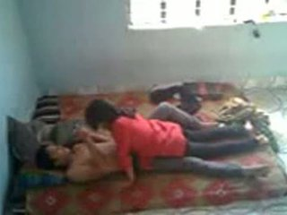 Bangladeshi medizinisch student mit bf im mess (leaked)