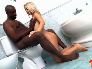 interracial, cuarto de baño, adolescente