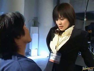 日本语 av 巨乳
