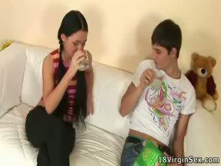 多情 性別 的 vendy 和 她的 boyfriend.