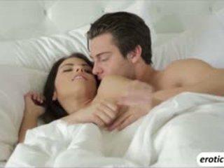 An erotika rytas už two lovers