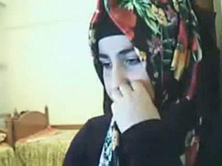 Hijab गर्ल दिखा आस पर वेबकॅम arab सेक्स ट्यूब