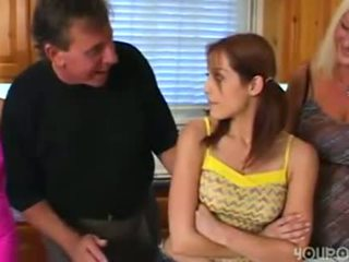 Стар стъпка баща seduced млад сладурана тийн дъщеря