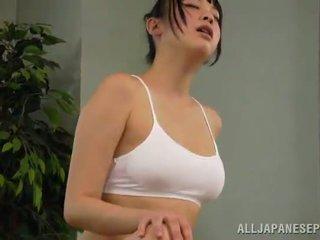 Medu reiko kobayaka was da sexcited za petting
