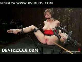 界 adrianna nicole gets flogged 和 的阴户 toyed