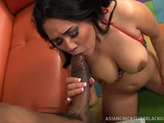 Jessica bangkok sucks dan fucks