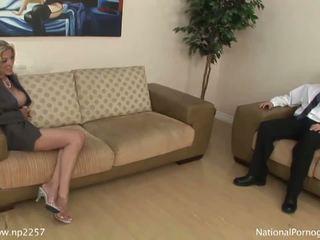 Hot busty cougar gives fantastic blowj...