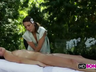 Malena morgan y lily amor lesbianas masaje