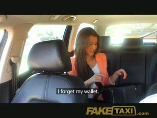 Faketaxi young gyz pounded to make up for taxi fare