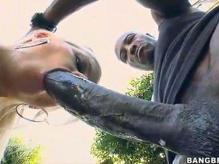شقراء فتاة takes ل 12 inch كوك فوق لها الحمار!