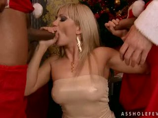 Blond Playgirl Lea Lexus Eagerly Takes One Cock At A Time In And Out Her Mouth