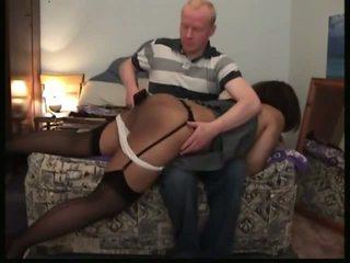 Negru doamnă spanked: gratis palmuind porno video f2