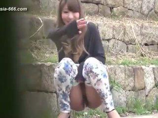 Číňan holky jít na toilet.3