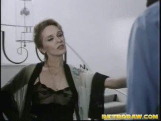סקס הארדקור, לעזאזל קשה, הבוקרת