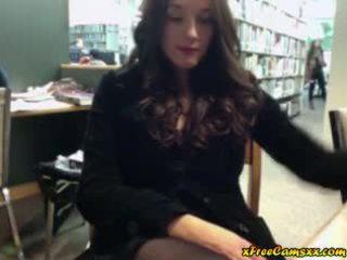 si rambut coklat, buah dada besar, webcam