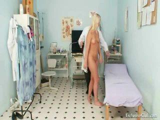 Snatch tentamen av an gracious het blondin