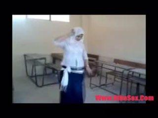 Arab egypte dance 在 学校