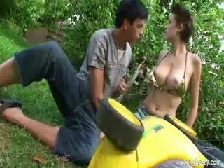 ร่วมเพศ ใน the สวน