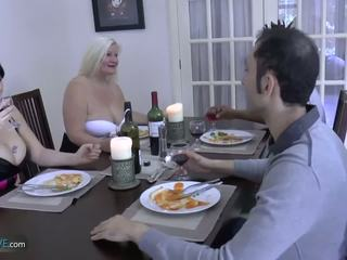 Agedlove bà nội mũm mĩm lacey ngôi sao met cô ấy friends: khiêu dâm d9