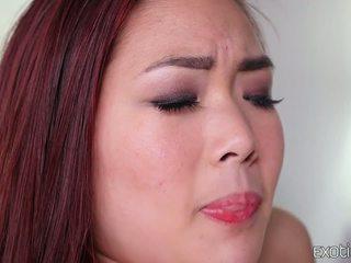 Geschoren aziatisch tiener lea hart heet neuken