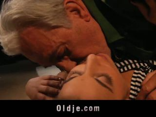סקס נוער, סקס הארדקור, suckingcock