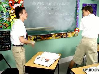 Marah, mouthy sedikit budak lelaki has menghukum nearby ruler kemudian bent lebih manakala dalam detention.