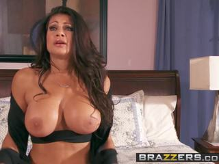 Brazzers - Mommy got Boobs - Playtime with Teri Scene