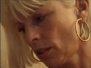 blondes, bedroom, mom