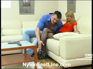 Alice și nicholas ciorapi scurti footsex acțiune