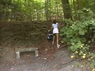 Laska wymuszony w the park