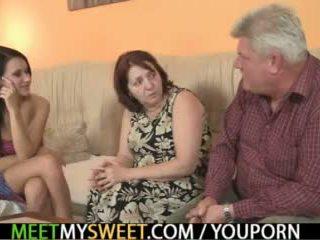Sex-crazed starý parents souložit jeho dívka
