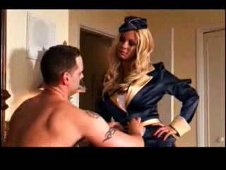 Flight attendant carmen is in no hurry to catch her flight