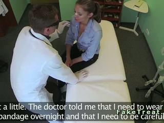 Doctor fucks sexy patient