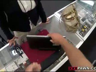 Veľký kozy žena screwed hore podľa pawnkeeper