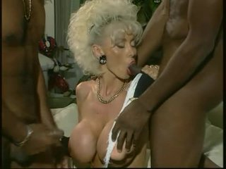 Dolly buster - mom aku wis dhemen jancok fucked by 2 ireng guys