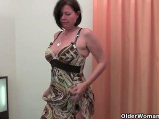 Tốt rounded mẹ tôi đã muốn fuck là toying cô ấy trưởng thành và tóc rậm âm hộ