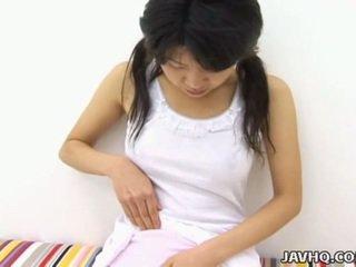 Carina giapponese giovanissima solo masturbation uncensored