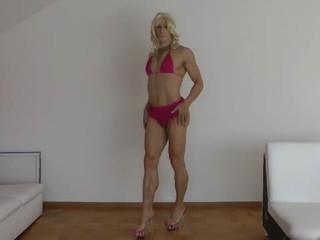 Lolis striptease