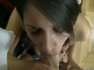 Connie হয় না কেবল tasting রকপাখী কিন্তু তার gum যেমন ভাল!