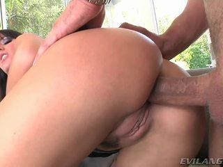 Super seksi dan seksi milf enjoys getting dia basah crack pounded keras