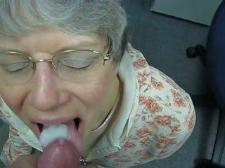 Oma liebt warmes sperma im mund, nemokamai porno c7