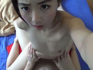 الآسيوية صغيرتي في سن المراهقة المتشددين مارس الجنس