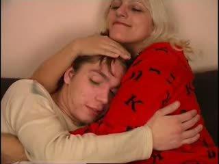 Rusa mamá y no su hijo