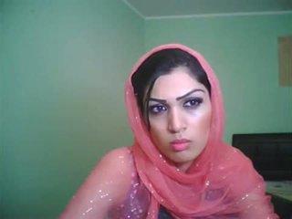 Uk bradford pakistanietiškas mažutė shazia apie gyventi kamera šou