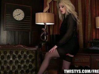 Gyzykly uly emjekli blondinka solo action