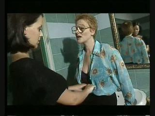 Italijanke groupsex pri bar video