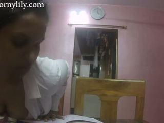 Slutty indiane sekretare gets i eksituar në the zyrë