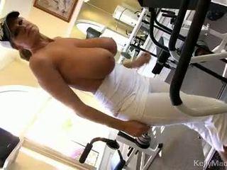 Kelly madison widens mound taking में मजबूत कॉक